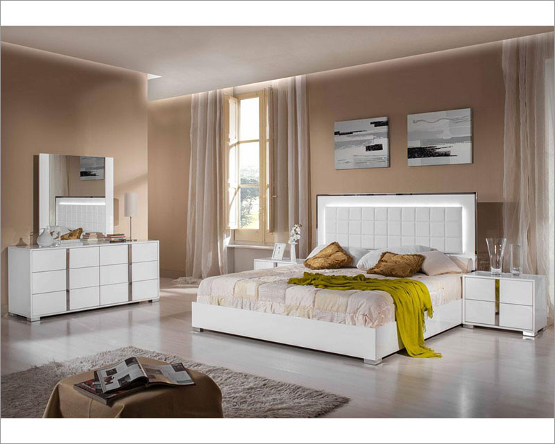 White Finish Modern Bedroom Set Made In Italy 44b122set