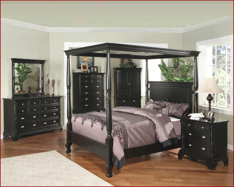 Excellent Canopy Bedroom Set Ideas