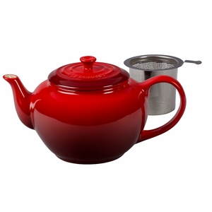 Le Creuset 1 Qt. Large Teapot with Stainless Steel Infuser - Cherry - PG0302SS-1067