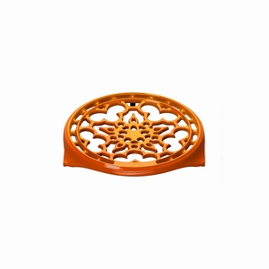 """Le Creuset 9"""" Deluxe Round Trivet - Flame - N0200-2"""