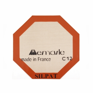 "Silpat Octogonal Microwave Size Baking Mat - 10 1/4"" - AE260260-02"
