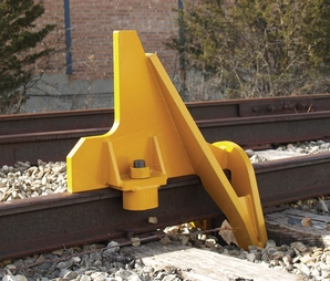 Aldon 4016-06 Cushioned Railroad Car Stop