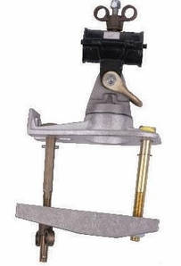 """Hastings 9724 Saddle With 2"""" Pole Clamp"""