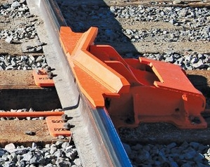 "Nolan SD-5 Sliding Derail – Bidirectional, Rail Size 4-5/8"" To 6-1/2"" (80-110 Lb. Rail)"