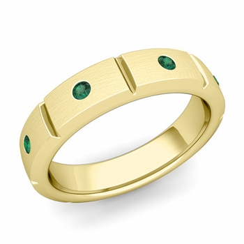 Swiss Cut Emerald Wedding Anniversary Ring in 18k Gold Brushed Ring, 5mm