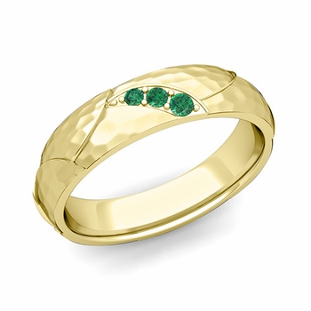 Unique 3 Stone Emerald Wedding Anniversary Ring in 18k Gold Hammered Finish, 5mm