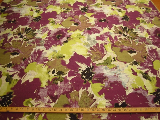 r9556, 1 7/8 yds Splash of Pansy Upholstery