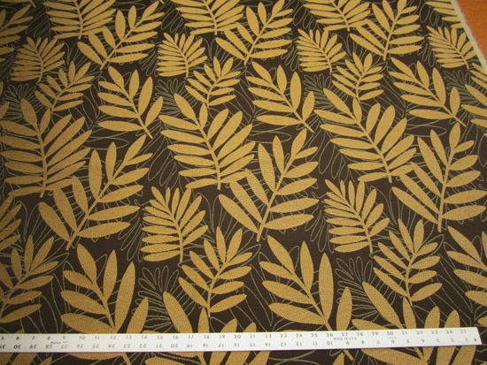 r9767, 2 7/8 yards of leaf pattern upholstery fabric