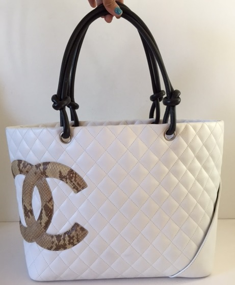Over  1000 -  2600! CHANEL WHITE CAMBON LEATHER SNAKESKIN CC BAG (SOLD) 3e91b7938babc