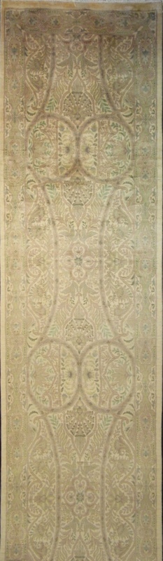 "Arts & Crafts by William Morris : 12'1"" x 2'6"""