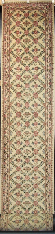 "Tabriz Trellis - Arts & Crafts by William Morris : 25'4"" x 2'7"""