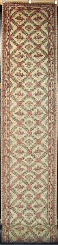 "Tabriz Trellis - Arts & Crafts by William Morris : 25'6"" x 2'7"""