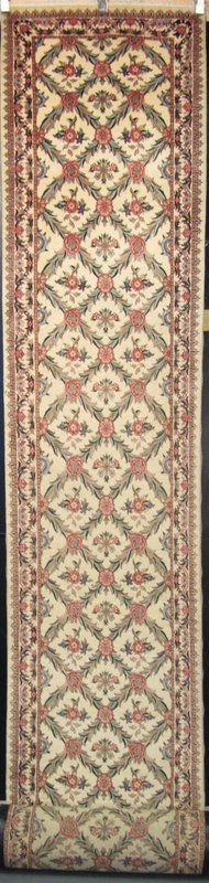 "Tabriz Trellis - Arts & Crafts de William Morris : 25'1"" x 2'7"""