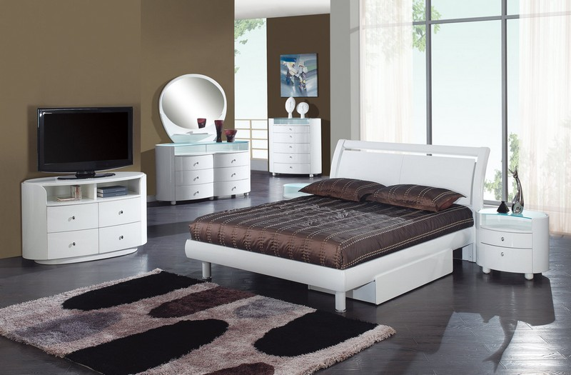 Furniture Emily Glossy White Bedroom Set Pieces
