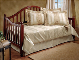 Hillsdale Allendale Cherry Daybed