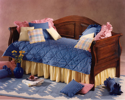 Hillsdale Bedford Cherry Sleigh Daybed
