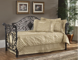 Hillsdale Mercer Antique Brown Daybed