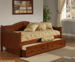 Hillsdale Staci Daybed in Cherry