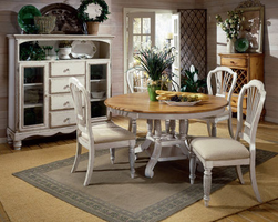 Hillsdale Wilshire Round/Oval Pine Top Dining Table