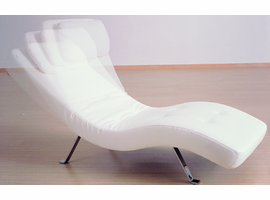 J & M Furniture Premium Lounger LR01 in White Leatherette