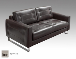 Lind 942 Leather Sofa