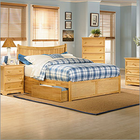 Manhattan Bed with Flat Panel Footboard Bedroom Set