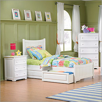 Manhattan Youth Platform Bed with Matching Footboard Bedroom Set