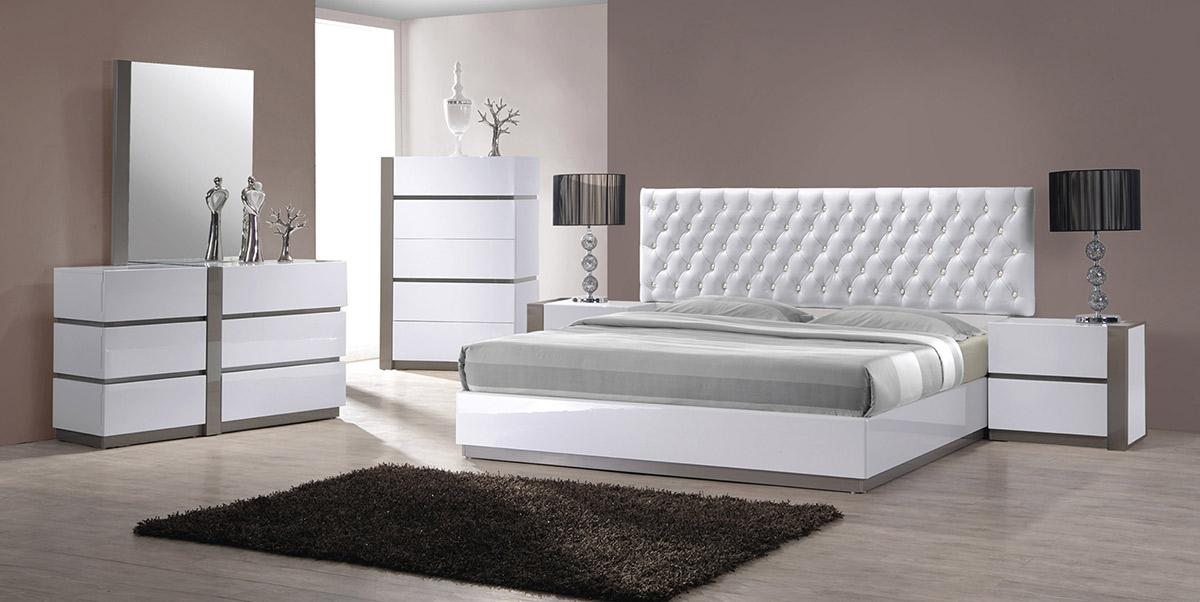 Modrest Vero Modern White W/Grey Accents 5 Drawer Bedroom Chest