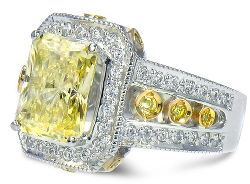 Santa Cruz 4 Carat Emerald Radiant Cut Canary Cubic