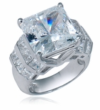 Paraisso 8.5 Carat Princess Cut Cubic Zirconia Channel Set Ring
