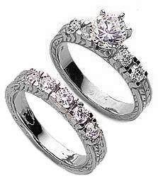 Verage 1 Carat Round Cubic Zirconia Engraved Antique Bridal Set