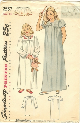 """Simplicity 2557 Nightgown, Bust 32"""""""