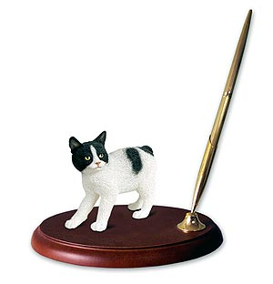 Black and White Cat Pen Holder