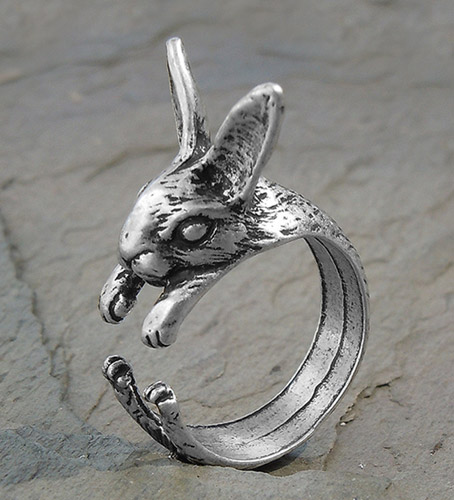 Adjustable Wrap Rabbit Ring