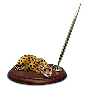 Leopard Pen Holder