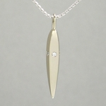 5 Diamond Gold Facet Necklace (18k) in Wood Gift Box