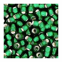 Emerald Silver Lined Seed Bead size 11/0