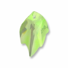 Swarovski 6735 Leaf Crystal Pendants Peridot 26x16mm