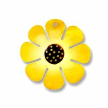 30mm Hammershell Flower Yellow  Pendant