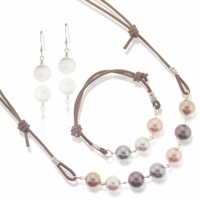 Pearls and Leather Slip-Knotted Jewelry Design Kit