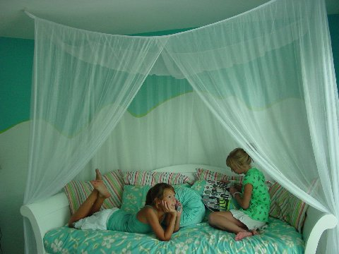 Nicamaka® Casablanca™ Four-Point Twin Bed Canopy Mosquito Net & Casablanca™ Four-Point Twin Bed Canopy Mosquito Net