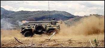 FJ70 Militar Series with 105 Recoiles Canon, Firing