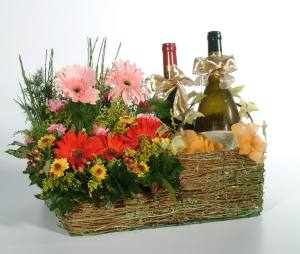 Call today for a quote on This Arrangement 214-939-8001 Toll Free 1-877-736-3350