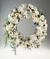 SNOWBELLE Wreath