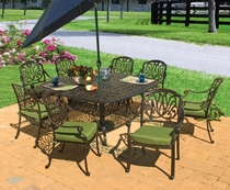 Springfield Square Dining Set of Nine (MF)