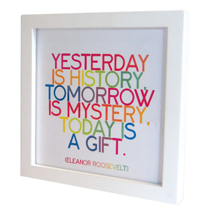 Quotable Frame White