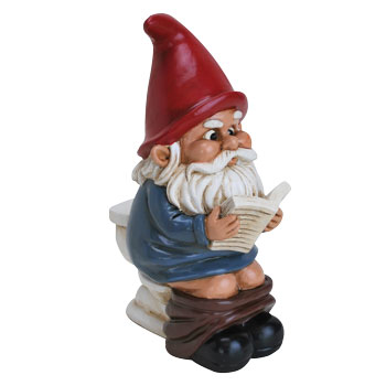garden gnome on the throne funny garden gnomes - Funny Garden Gnomes
