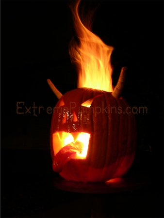 Devil Pumpkin - With Pepper Tongue