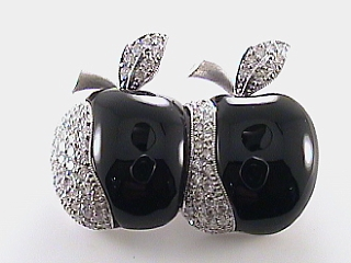 1.05 Carat Diamond & Onyx Apple Pin