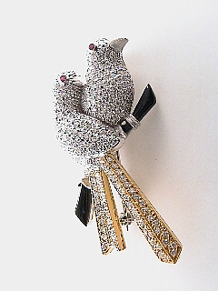 3.0 Carat Diamond & 18K Gold Love Bird Pin